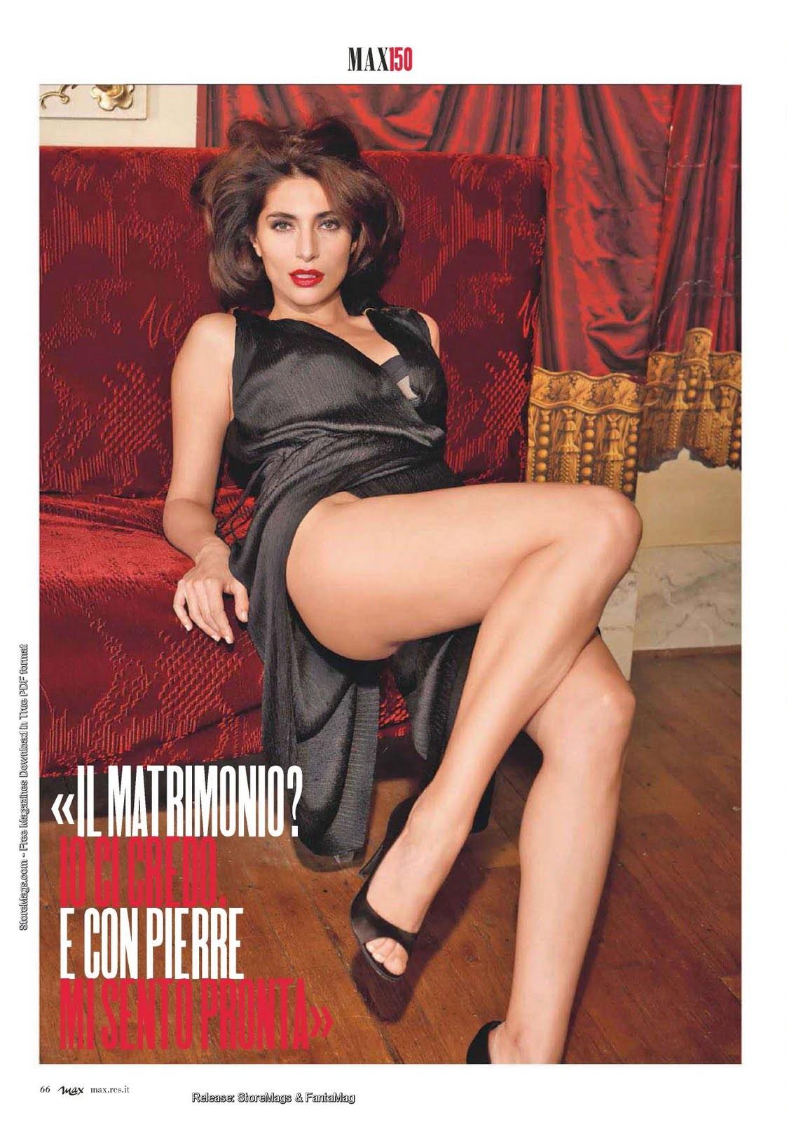 Caterina Murino se desnuda